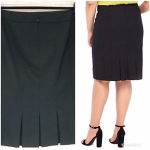 The Limited Back Pleated Pencil Skirt